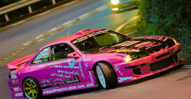 Photo of ド派手な昭和的ストリートドリ車スタイル15シルビアが箱根の峠であわやスリップ!w