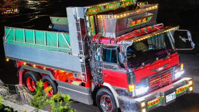 Photo of 神奈川ダンプの名車!リバーサイドサガミの陸翔丸スーパードルフィン電飾全開爆走ナイトシーン