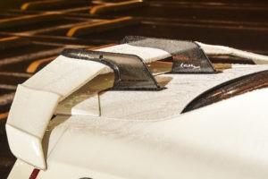 KUHLのAERO KITを装着したかっこいい白のR35 GT-R を雨の大黒で発見