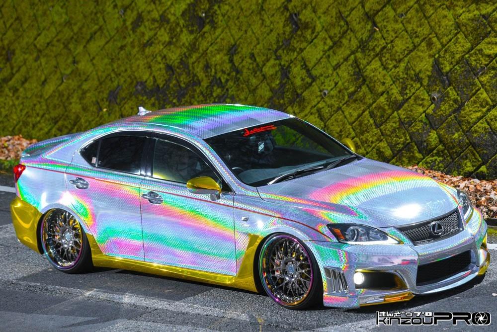 眩しすぎてマジ卍!日本で一番インスタ映えしそうな写真が撮れそうなLEXUS ISBlog