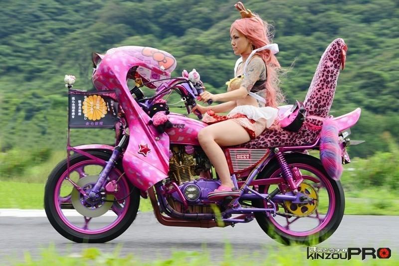 Photo of 【旧車會名車図鑑】「全国女旧車部隊」総隊長れいちぇるさんとSUZUKI GS400