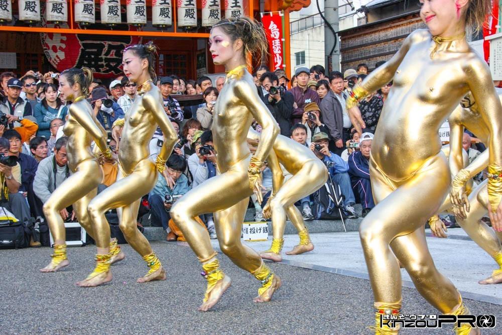 大駱駝艦の金粉ショーはなぜおっぱいを隠した?前衛舞踏の芸術は猥褻か?Blog 6