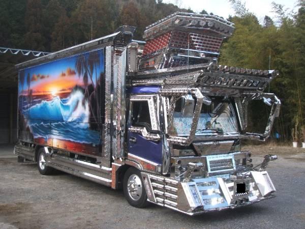 【光る街道美学】ミッドナイトプリンスをリメイクした全国哥麿会の星将丸は貫禄のスーパーアート車Blog