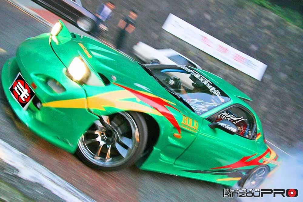 Photo of ストリートドリフトの危険な世界!かっこいいRX7FDの最高の走りを撮る理由【滑りの美学】