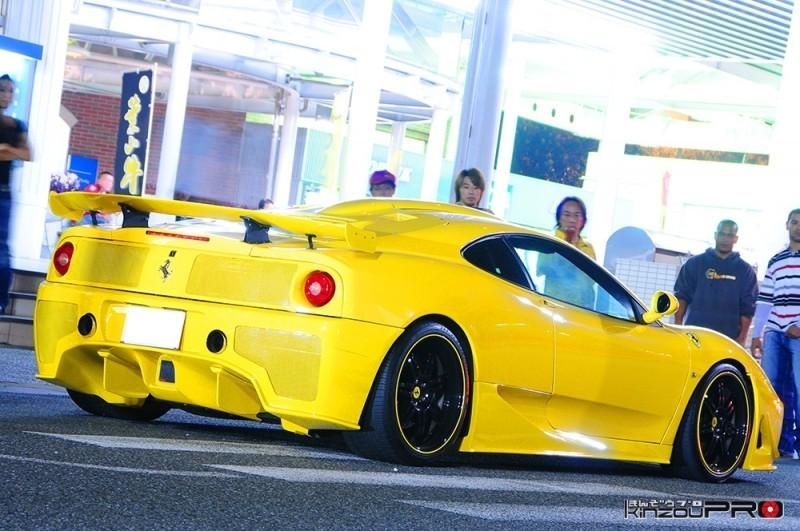 大胆なダクトが印象的なターゲットデザインフルエアロの黄色いフェラーリ360 モデナ! 4