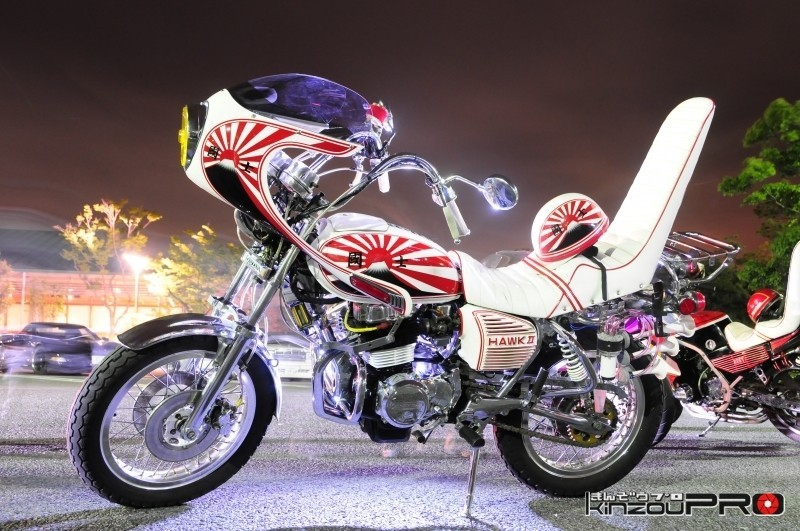 ホンダ Hawk II CB400T超定番の富士山に日章旗デザインのフル装備!【旧車會名車図鑑】 1
